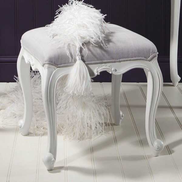 Chic Chalk Stool