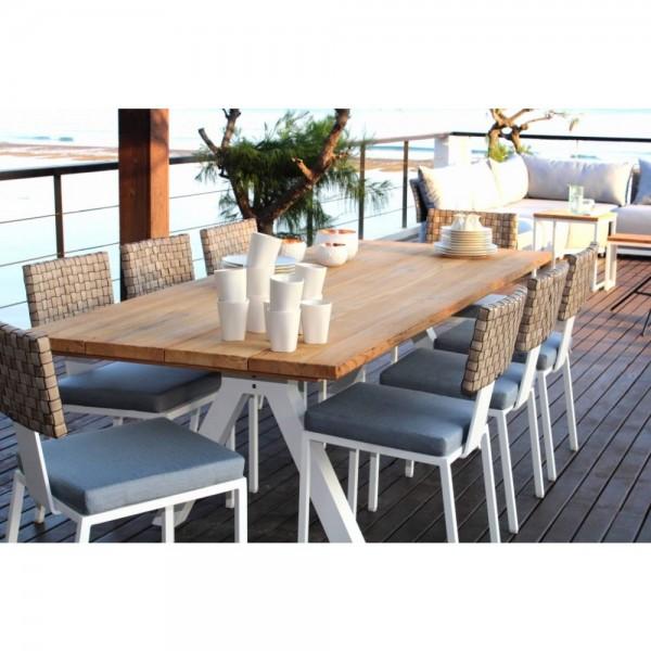 Barroco Outdoor Teak Dining Table