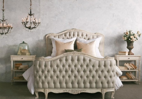 Natalya King Bed in Weathered White