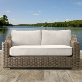 Canterbury Luxury Outdoor Love Seat
