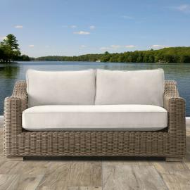 Canterbury Luxury Outdoor Love Seat